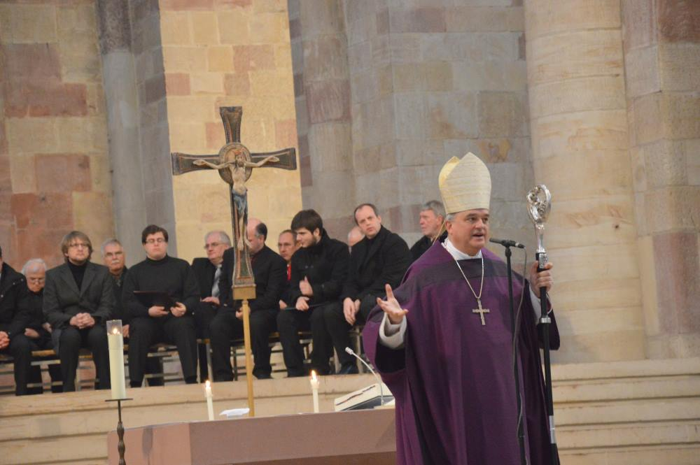 Pontifikalamt31032014