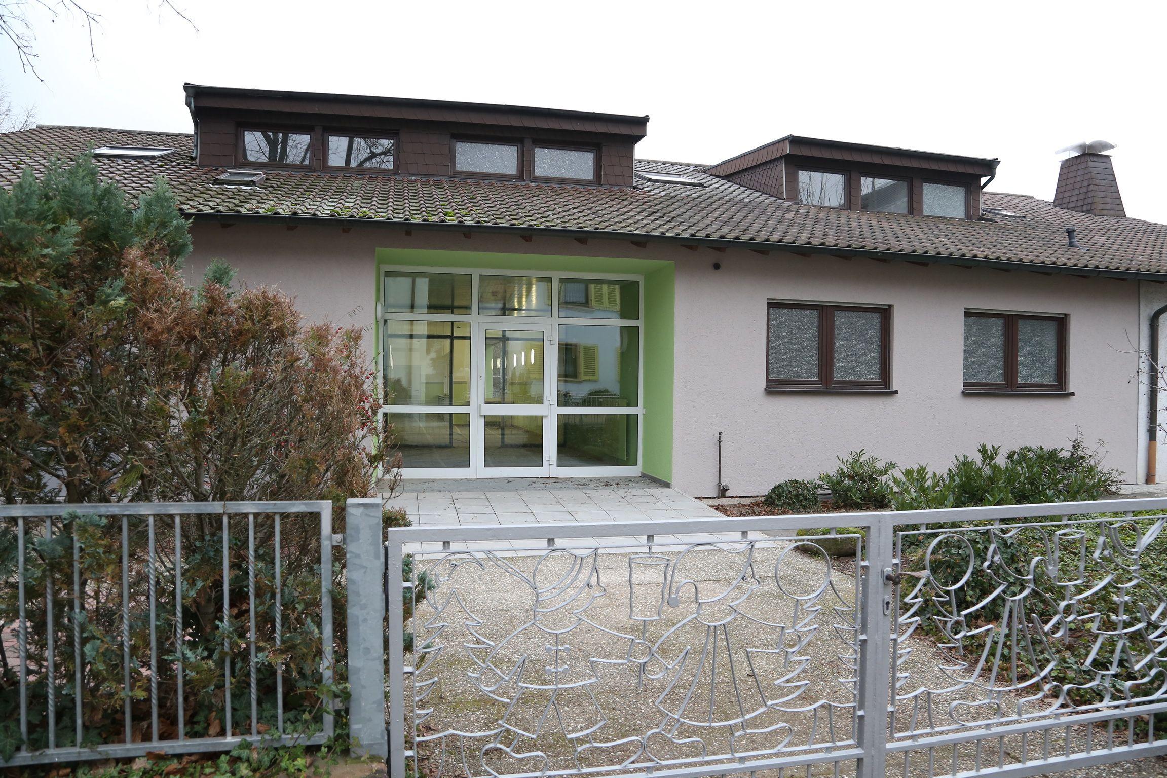 """Im """"Kinderhaus"""" an der Schulstraße wird schon bald wieder das Lachen von Kindern zu hören sein (Foto: Pfeifer)"""