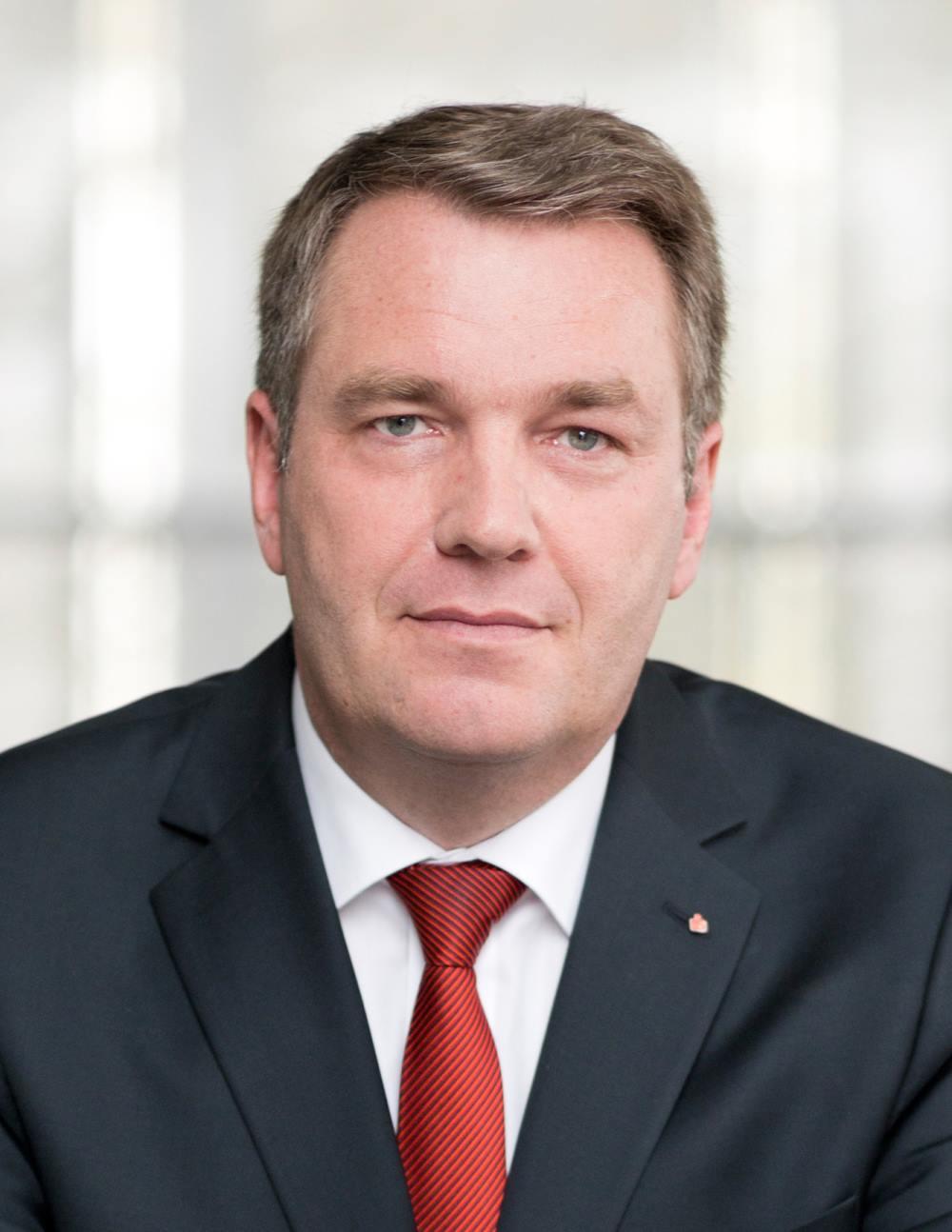 Hr_Linnebank