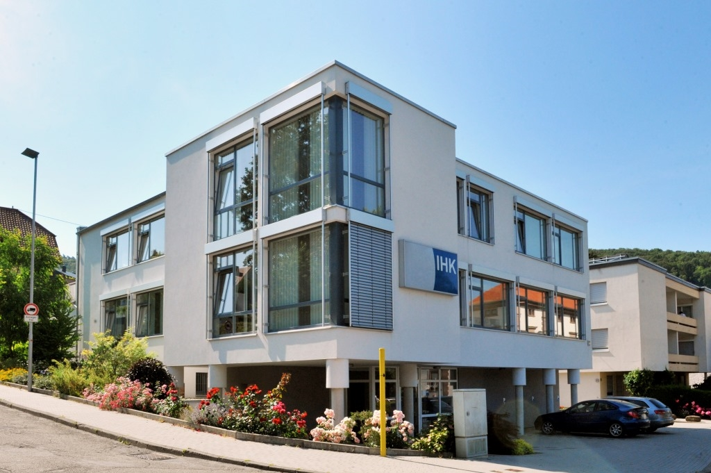 mannheim ihk im neckar odenwald kreis erste adresse kundenrekord im haus der wirtschaft. Black Bedroom Furniture Sets. Home Design Ideas