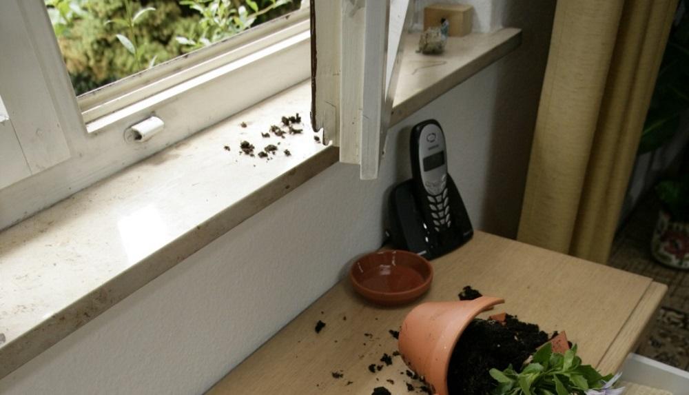 Einbruch Fenster (002)