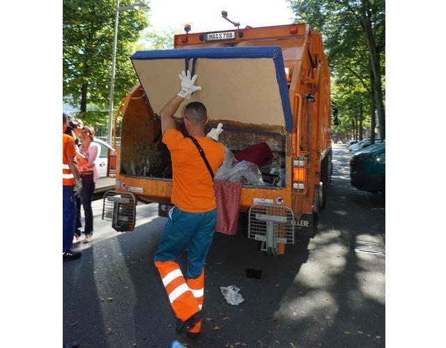Die Abfallwirtschaft Mannheim entsorgt jährlich rund 9.000 Tonnen Sperrmüll sauber und schnell. © Stadt Mannheim, Fachbereich Presse und Kommunikation