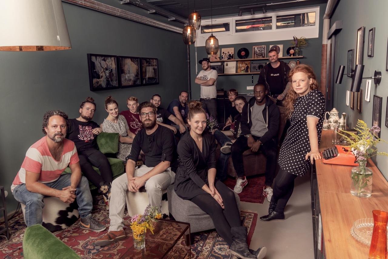 Backstage: halle02-Crew. Bild: Halle02