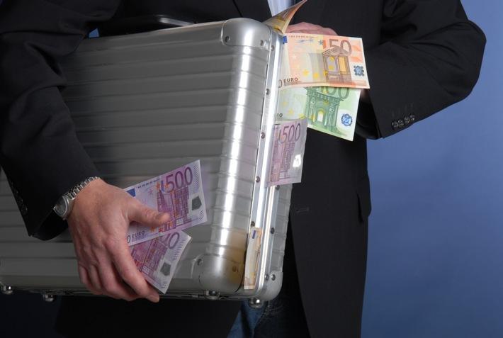 Ziel der Betrüger: das Geld getäuschter Bürger - Symbolbild des LKA Rheinland-Pfalz