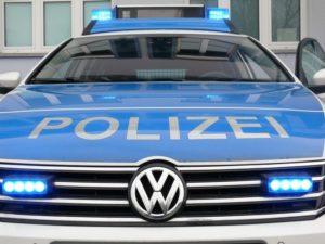 Römerberg – Hoher Sachschaden: Wegen herabgefallener Zigarettenkippe parkende Corvette gerammt!