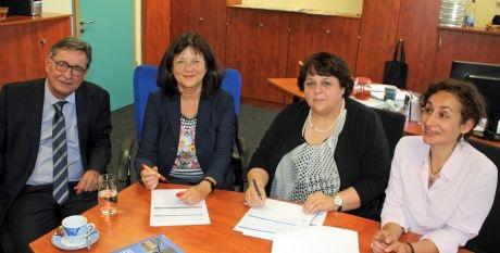 Landau – Die deutsch-französische Zusammenarbeit macht Schule – an der BBS Südliche Weinstraße Schulpartnerschaft in Bad Bergzabern besiegelt