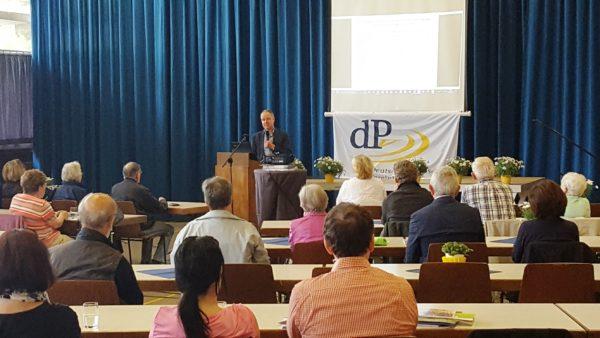 Edingen-Neckarhausen – Informationstag Parkinson fand in der Eduard-Schläfer-Halle statt