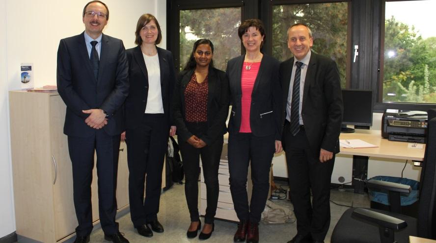 """Ludwigshafen – Wissenschaftsminister Wolf eröffnet Regionalbüro von """"ArbeiterKind.de"""" an der Hochschule"""