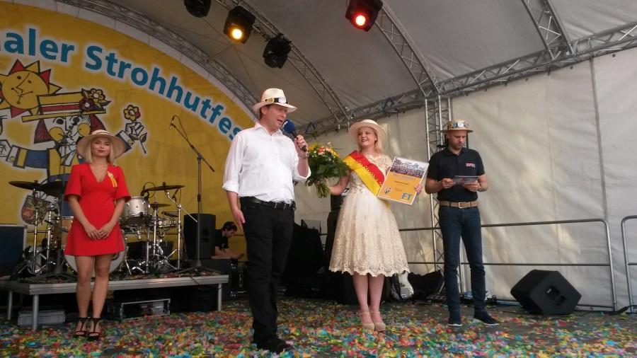 Strohhutfest2016