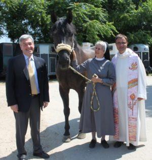 Mannheim – 2. Juli: Segen für große Rösser und kleine Reiter – Gottesdienst mit Dekan Karl Jung in der großen Reithalle Reiter-Verein