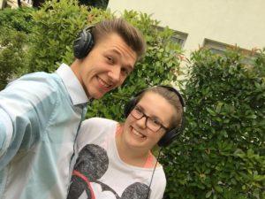 Heidelberg – Tanzende Menschen in völliger Stille:  Nuzinger organisiert erste Kopfhörer-Party auf dem Heidelberger Universitätsplatz