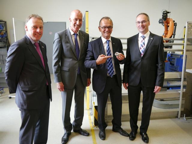 Ralph Hock, Siegmar Müller, Landrat Dr. Fritz Brechtel, Dr. Andreas Stratmann v. l.