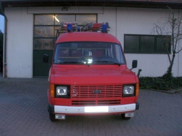 Fahrenbach (Neckar-Odenwald-Kreis) – Gartenhecke in Brand geraten
