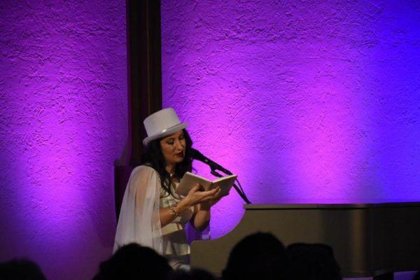 Mannheim – Botschaft, die das Herz erreicht – Sefora Nelson bekennt Farbe in der Mannheimer Stadtmission – Beim Konzert übertrug sie ihre Lebenszuversicht einfühlsam, Mut machend und tiefgründig auf das Publikum