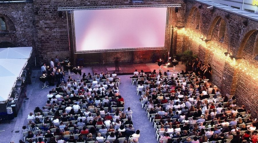 Frankenthal – Frankenthaler Open-Air-Kino in der Erkenbertruine