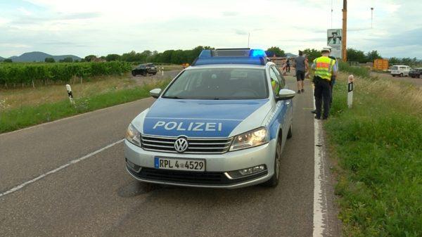 Südliche Weinstraße – Erstmeldung: Tödlicher Motorradunfall