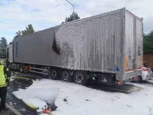 Worms – LKW  mit Restmüll geriet in Brand