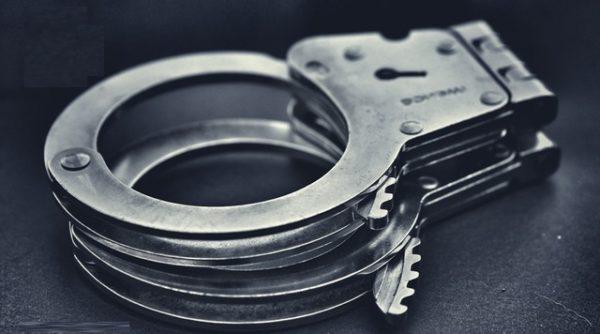 Mannheim – 28-Jähriger Algerier nach Autoaufbruch in der Neckarstadt festgenommen! Komplizen flüchtig!