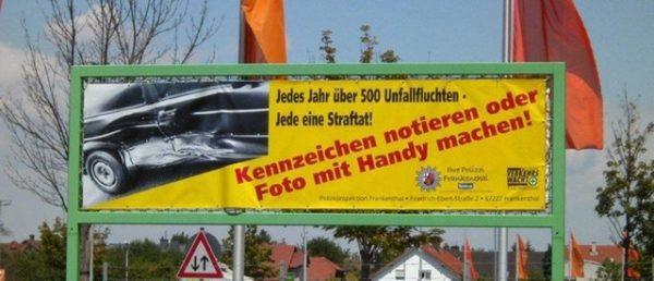 Maxdorf – VW Transporter erheblich beschädigt und abgehauen