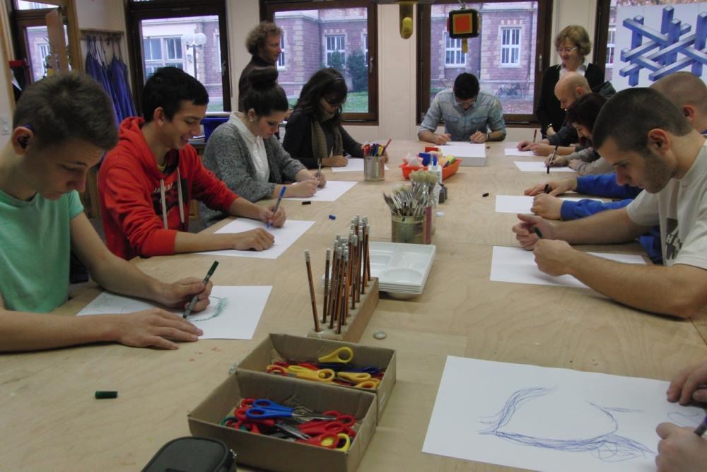 frankenthal sch ler aus ungarn am pfalzinstitut f r h ren und kommunikation. Black Bedroom Furniture Sets. Home Design Ideas