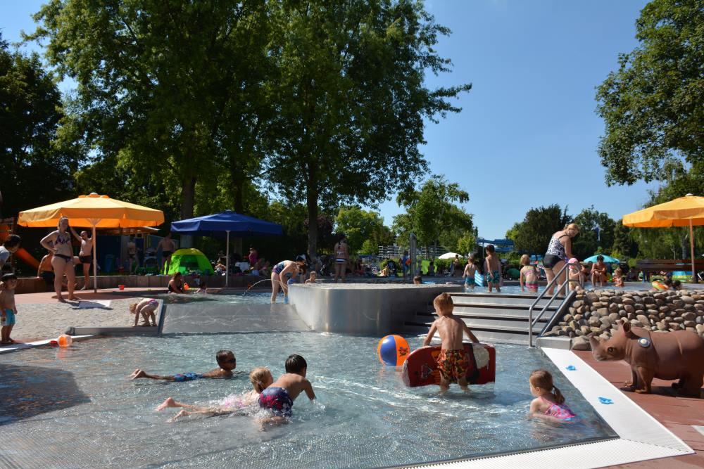 Lambsheim Schwimmbad schwimmbad haloch foto ak halochpfalz gasthaus am rennplatz