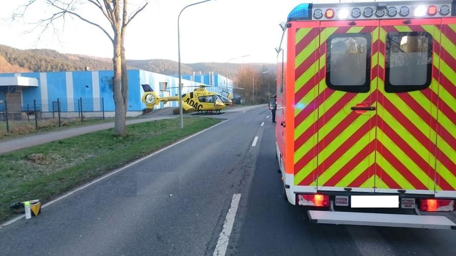 Rettungswagen-Hubschrauber