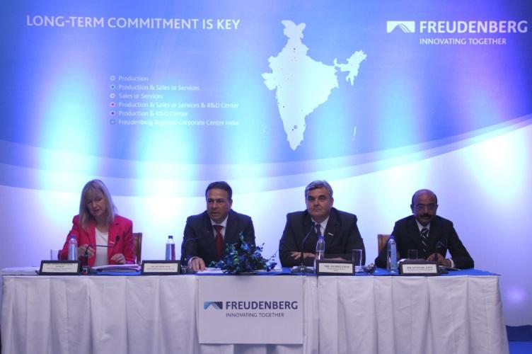 17-05-18_Freudenberg Indien_Pressekonferenz 2017 (002)