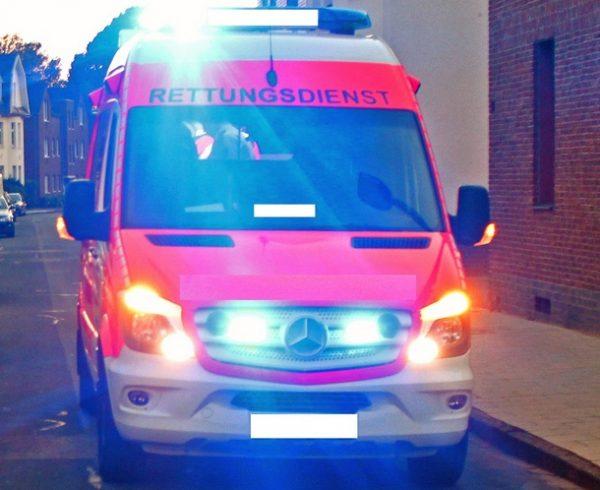 Grünstadt – Verkehrsunfall in der Innenstadt – hoher Sachschaden, Betriebsstoffe laufen aus