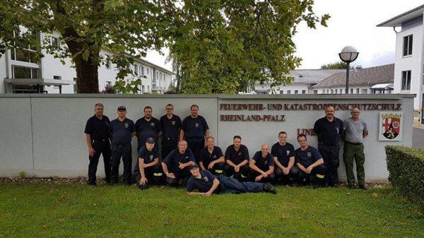 Rhein-Pfalz-Kreis / Frankenthal / Koblenz – Wehrleute nun auch auf Wasser einsatzbereit: Ausbildung als Bootsführer für Feuerwehrboote