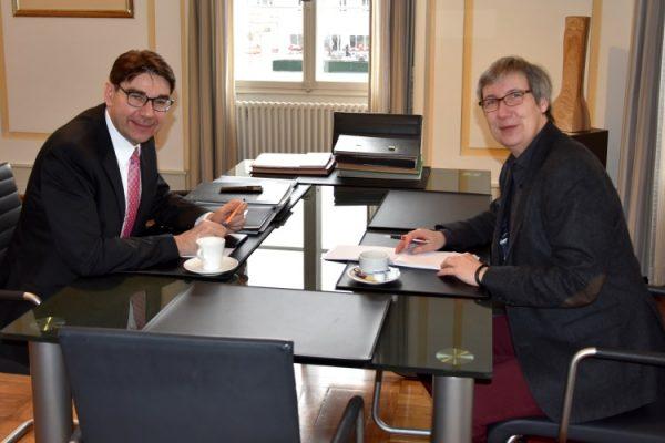 Landau – Uni-Präsidentin Prof. Dr. Kallenrode zu Antrittsbesuch bei OB Hirsch