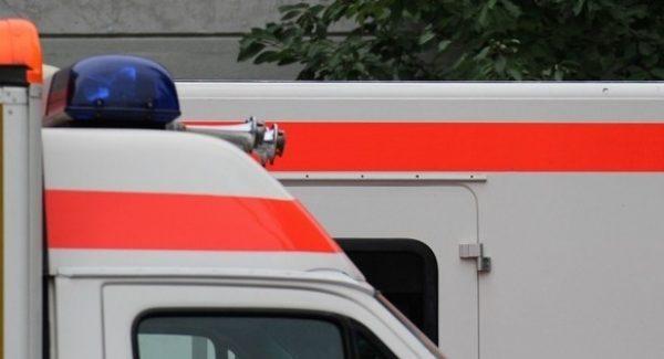 Mannheim – Straßenbahn kollidiert mit Pkw, ein leicht Verletzter