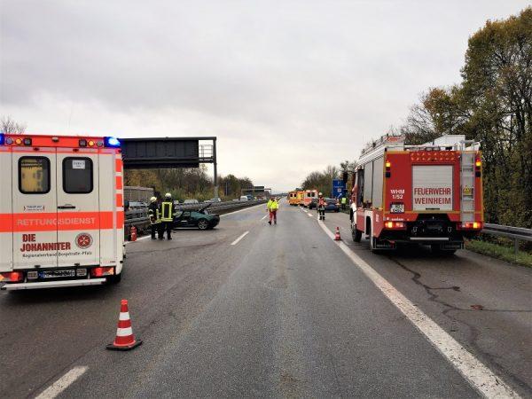 Weinheim – Nachtrag:PKW-Unfall auf A5 mit zwei Fahrzeugen