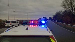 Mannheim – Unfall mit Kleintransporter auf der A6 – Eine Person verletzt –