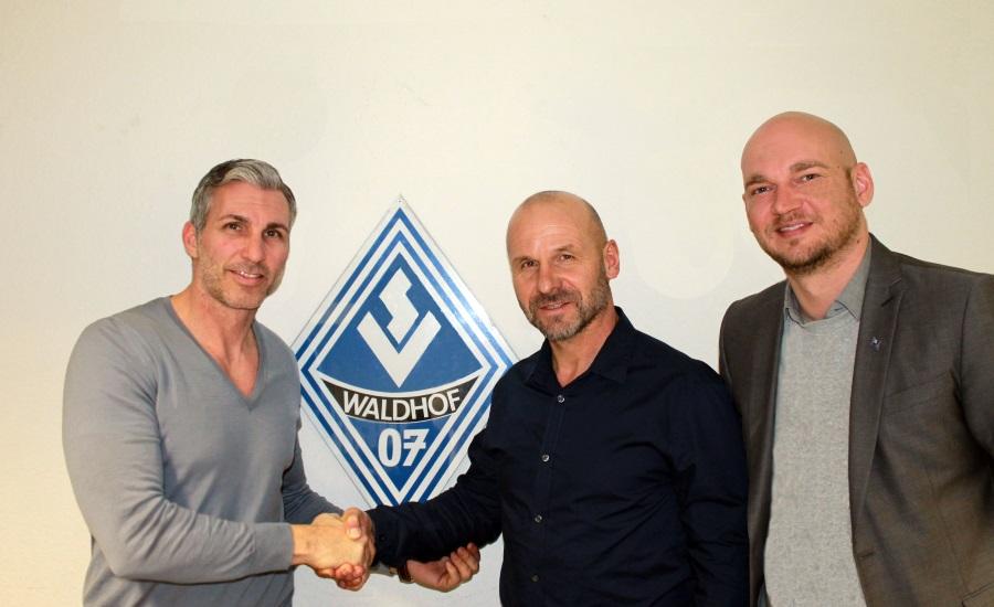 mannheim bernhard trares wird neuer trainer beim sv. Black Bedroom Furniture Sets. Home Design Ideas