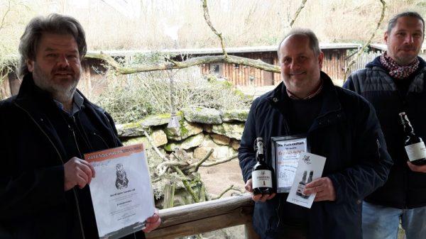 """Landau – Erdmännchen-Patenschaft: Eine """"tierische Verbindung"""" zwischen dem Zoo Landau in der Pfalz und der BierProjekt Landau eG"""