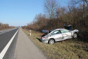 Neustadt – Pkw überschlägt sich mehrfach auf Autobahn