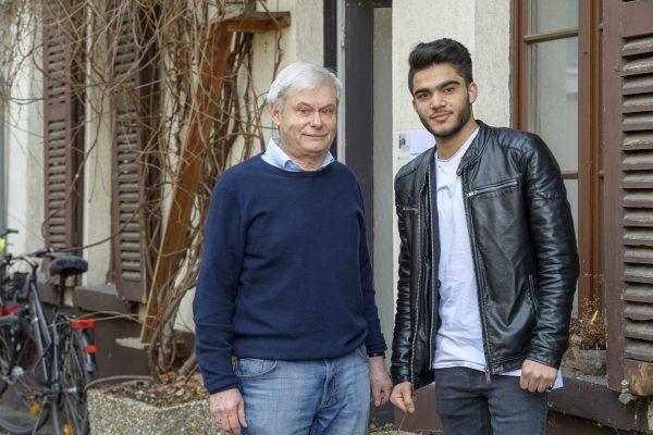 Heidelberg – Auf Erfolgskurs: Patenprojekt für minderjährige Ausländer –  25 Mentoren aus Heidelberg unterstützen jugendliche Flüchtlinge auf dem Weg in ein selbständiges Leben
