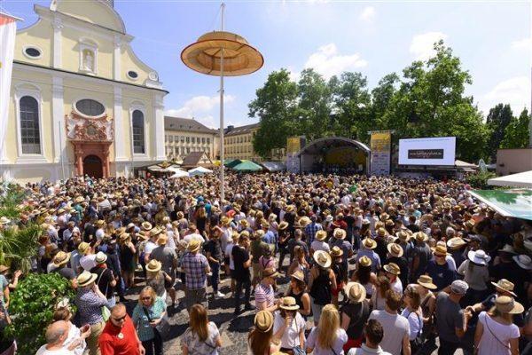 Frankenthal – Vier Tage – fünf Bühnen – unzählige Strohhüte – Strohhutfest 2018  31. Mai – 3. Juni
