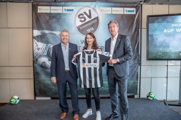 Sandhausen – Verivox bleibt Haupt- und Trikotsponsor des SV Sandhausen