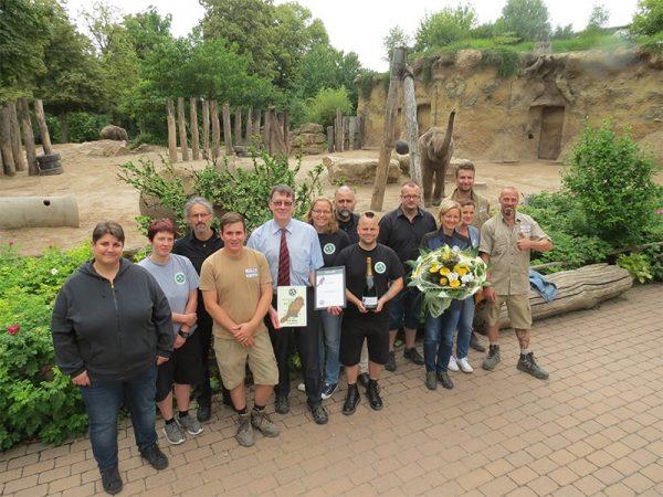 Heidelberg – Vorbildliche Elefantenanlage mit viel Beschäftigungsmöglichkeiten im Zoo Heidelberg