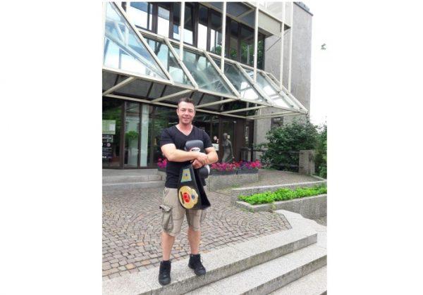 Rhein-Pfalz-Kreis –  Denis Thomas – Kickbox-Europameister aus Schifferstadt