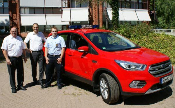 Landau – Dienstfahrzeug übergeben – Kommandowagen für Kreisfeuerwehrinspekteur