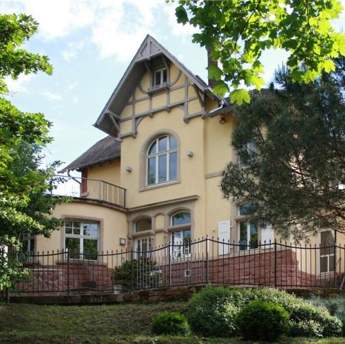 Kurpark08: Haus Und Hoffest In Der Villa Am Kurpark