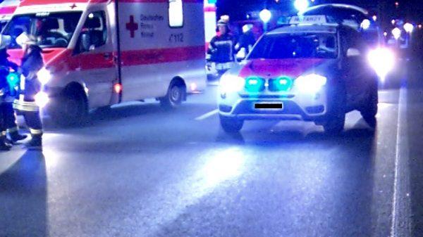Speyer – Schwerer Unfall auf B39 – 54-jährige Frau verstirbt an der Unfallstelle