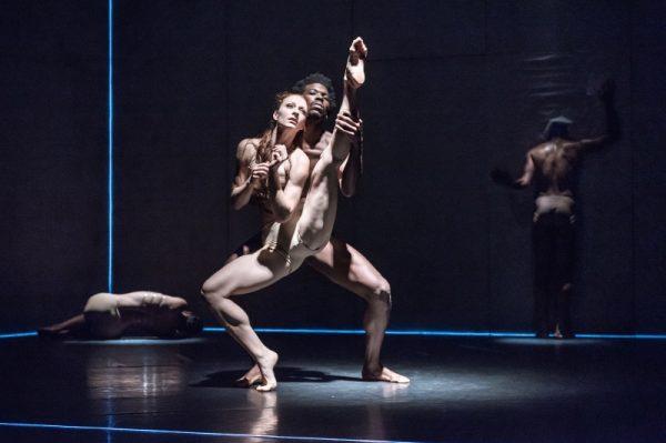 Ludwigshafen – preisgekröntes Tanzstück Bacon auf der Hinterbühne des Theaters im Pfalzbau zu bestaunen