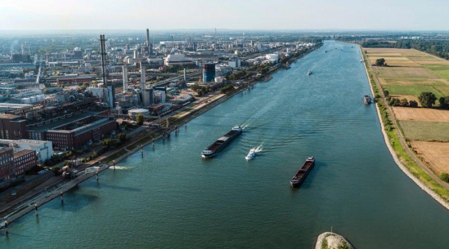 Ludwigshafen – BASF gründet mit weiteren Unternehmen weltweite Allianz gegen Plastikmüll in der Umwelt