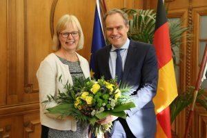 Heidelberg – Blumen für Dr. Gabriela Bloem: Sie ist neue Leiterin des Amts für Stadtentwicklung und Statistik
