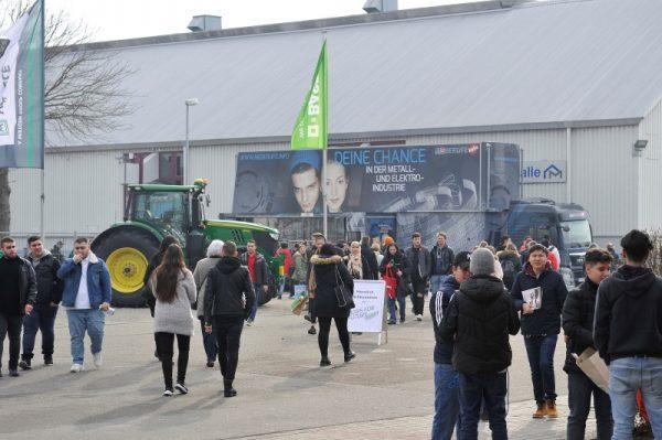 Mannheim – Jobs for Future: 24.006 Besucher an den ersten beiden Messetagen (Vorjahr: 24.401) – Volles Programm am Samstag