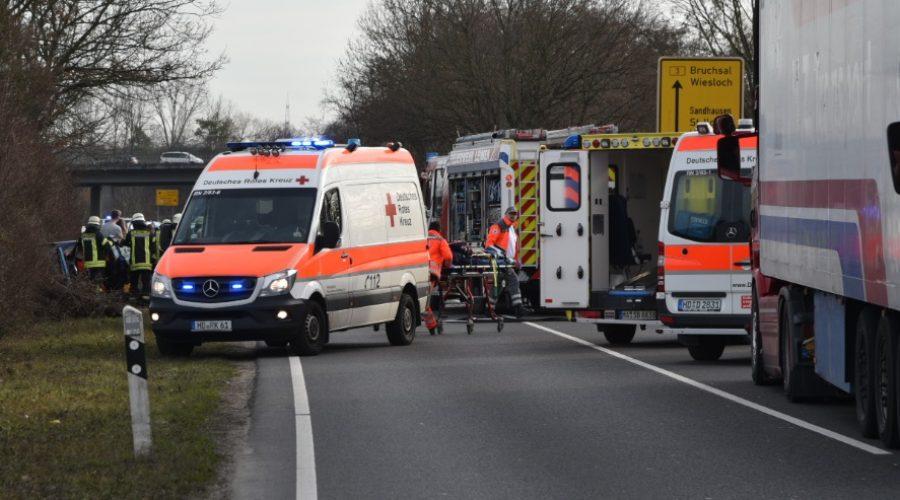Rhein-Neckar-Kreis – AKTUELL schwerer Unfall VOLLSPERRUNG B3 bei Nußloch / St. Ilgen