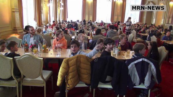 Heidelberg – Kindertag im Rathaus: Spielerisch die Stadtverwaltung kennenlernen – Kindersprechstunde: Wie arbeitet Oberbürgermeister Eckart Würzner?